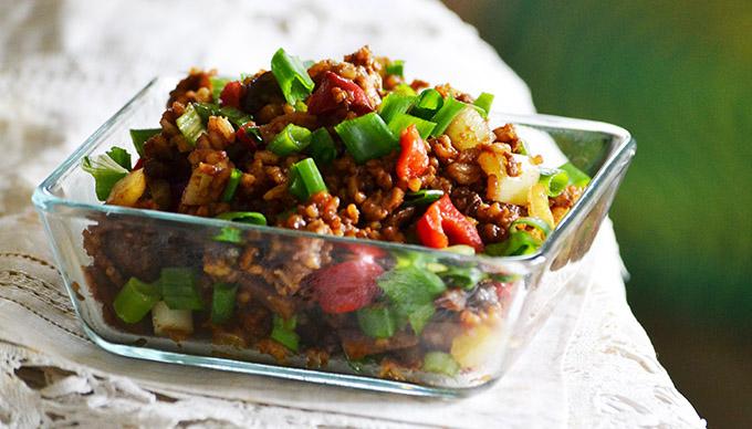 Ázsiai rizs tojással és zöldségekkel - a tökéletes Egg Fried Rice recept/Fotó: Myreille